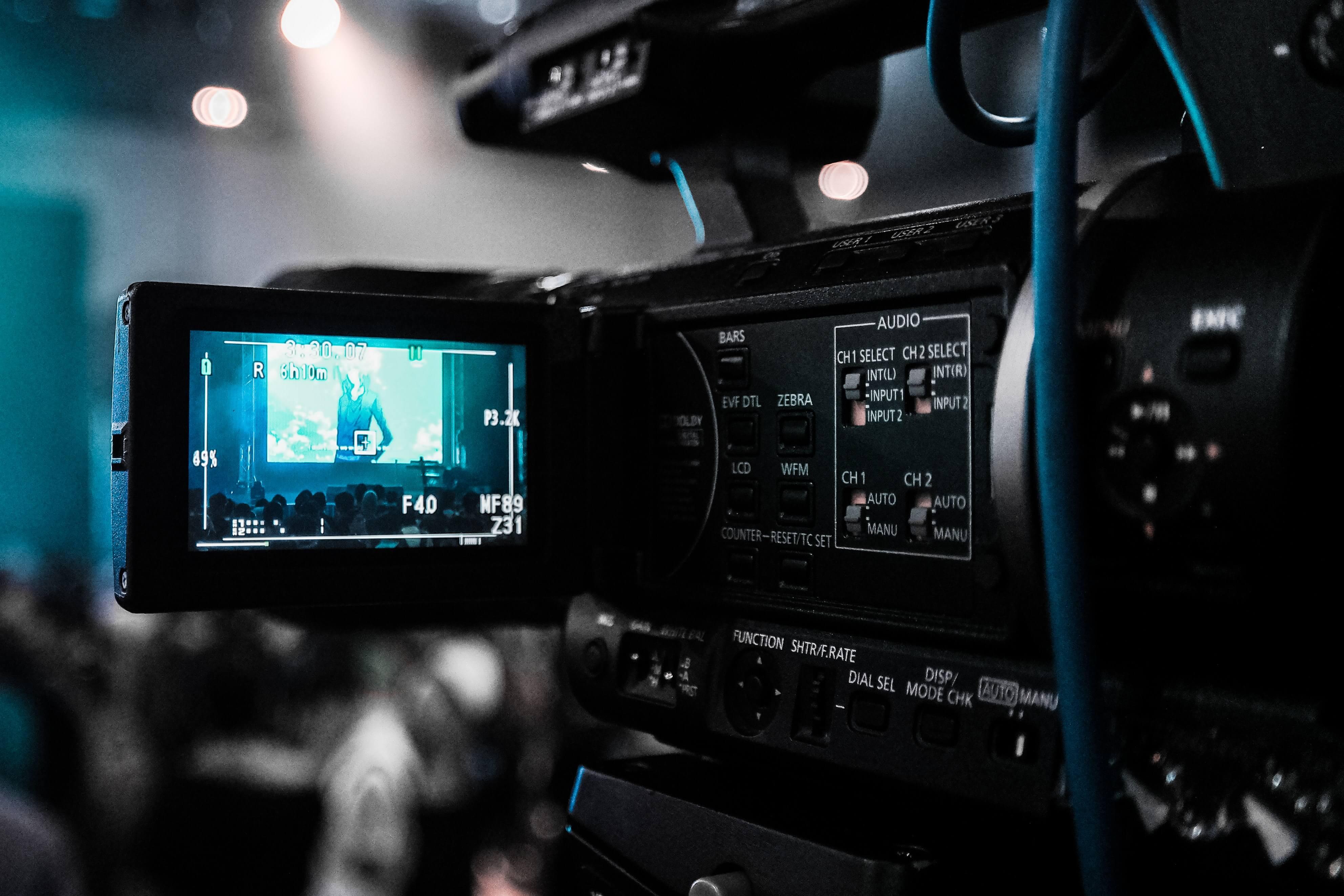 presenting-video